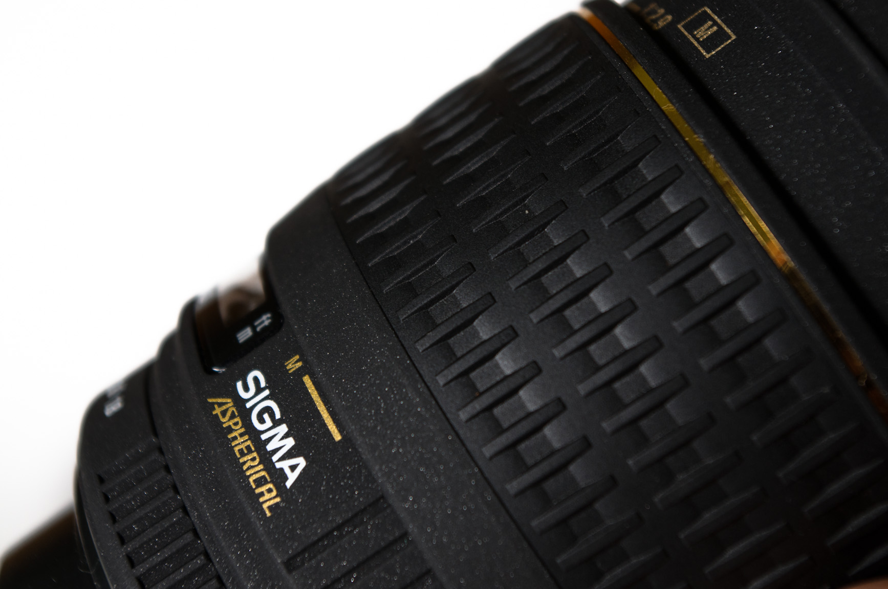 Sigma 28 mm f/1.8 EX DG Aspherical Macro – recenze objektivu