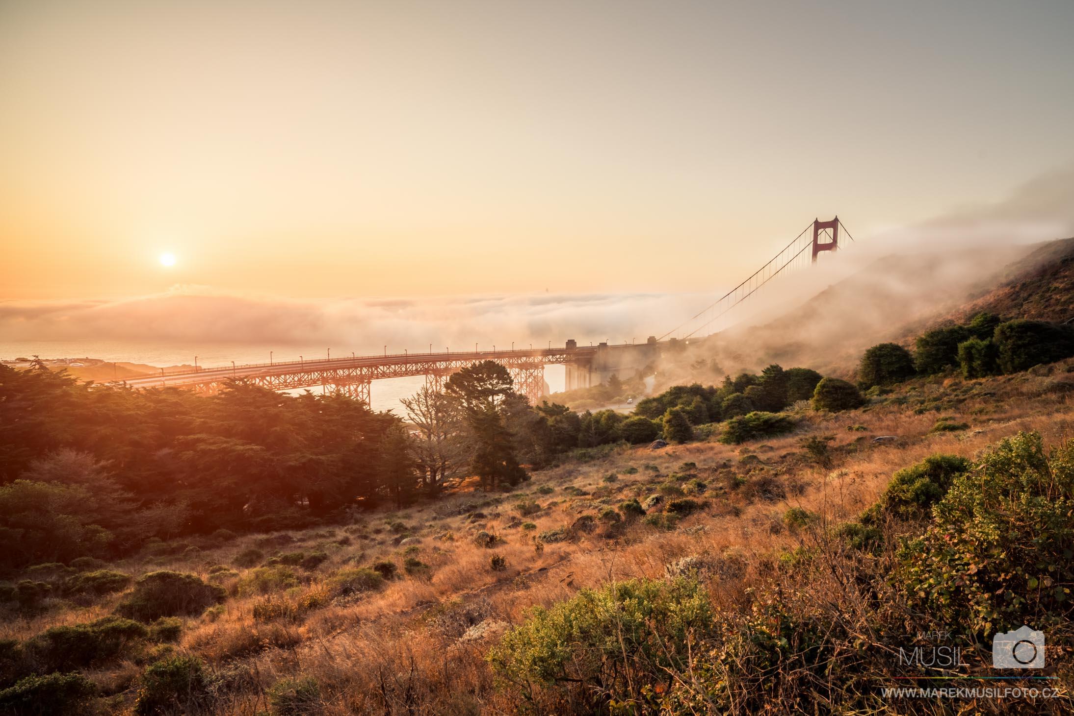 San Francisco východ slunce.