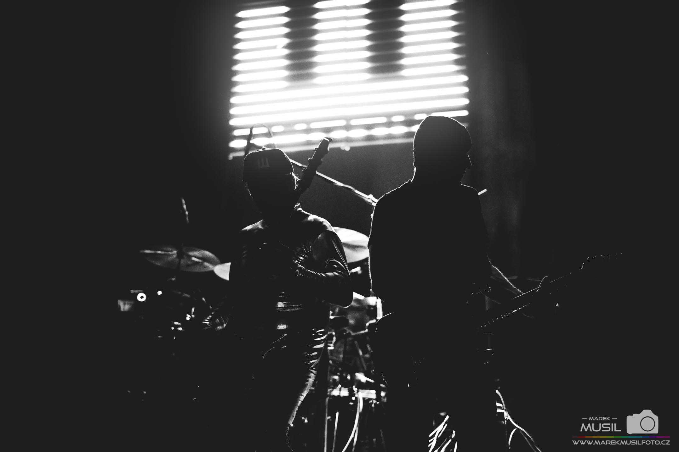 Úvodní koncert kapely Wohnout z turné Máme na míň v Brně Sono Music Club 2. 3. 2019.